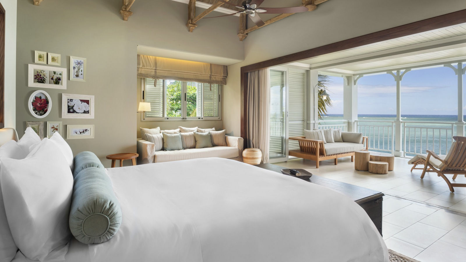 St. Regis Mauritius Beachfront Junior Suite with sea view