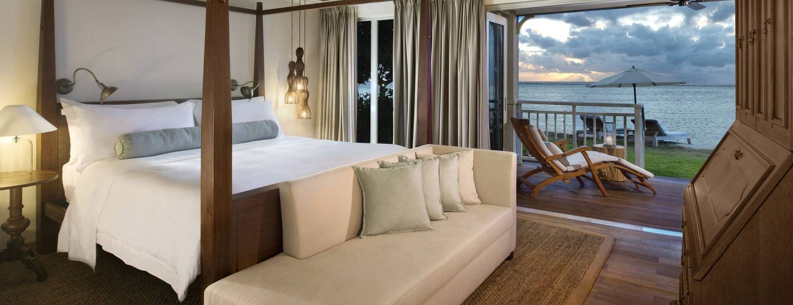 St. Regis Mauritius Beachfront St. Regis Suite with ocean view